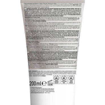 L'Oréal Professionnel Série Expert Silver Conditioner for grey, white or light blonde hair  200ml